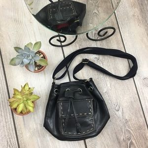 a759384577 Vintage Tommy Hilfiger Small Leather Bucket Bag